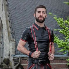 #leather #fetish #leathermen #gayfetis #leatherboy #sexshopfetish #gaysexshop #instagay #gayspain #gaymadrid #gaybarcelona