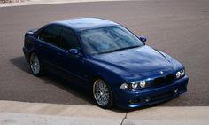 BMW E39 M5 blue with shadow line trim