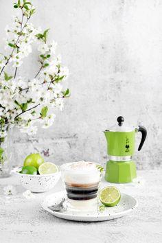 Espresso, Food Photography, Coffee Maker, Kitchen Appliances, Tableware, Espresso Coffee, Coffee Maker Machine, Diy Kitchen Appliances, Coffee Percolator