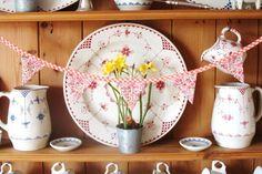 Mini Bunting - Orange Gingham & Ditsy Floral £5.00