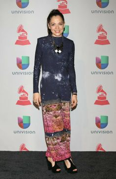 Happy Friday Braves !!! Come Check Out My Picks For Best & Worst Dressed Ladies At Last Night's 14th Annual Latin Grammy Awards!!! http://bravechica.com/2013/11/22/my-picks-for-best-worst-dressed-ladies-at-last-nights-14th-annual-latin-grammy-awards-las-mejor-y-peor-vestidas-en-los-latin-grammys-2013/ … #latingrammys  #style #fashion #friday #tgifriday  #NataliaLafourcade