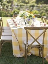 Incroyable 32 Yellow And White Table Cloth In Backyard Wedding Reception