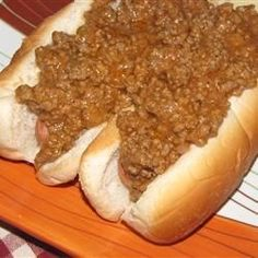 Ground beef is simmered in a tangy sauce with onion. My Grandfather owned a drive-in restaurant back in the This is his exact recipe for Coney Dogs from back in the day. I make this on special occasions and it is always hit with friends and family. Hot Dog Chili Sauce Recipe, Hot Dog Sauce, Dog Recipes, Sauce Recipes, Cooking Recipes, 1950s Recipes, Chili Recipes, Muffin Recipes, Cooking Tips