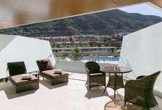 RADISSON BLU RESORT & SPA GRAN CANARIA MOGAN. Descubre cómo se sienten las estrellas con el mejor servicio en el Radisson Blu Resort & Spa, Gran Canaria Mogan  Nuevo Hotel de Lujo 5* en Mogan, Gran Canaria.  ¡Garantía del Mejor Precio online!
