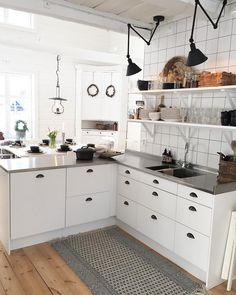 .. Kitchen Pantry, New Kitchen, Kitchen Island, Kitchen Cabinets, Armoire, Sweet Home, House, Interiors, Home Decor