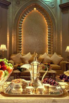 Raindrops and Roses Morrocan Decor, Moroccan Theme, Moroccan Design, Moroccan Style, Moroccan Lounge, Moroccan Party, Arabian Decor, Deco Restaurant, Raindrops And Roses