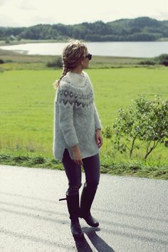 Knitting Designs, Knitting Projects, Icelandic Sweaters, Fair Isle Knitting, Textiles, Everyday Outfits, Diy Clothes, Knitwear, Knitting Patterns
