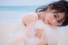 元セーラーマーキュリー泉里香のエロふわボディー!泉里香1st写真集「Rika!」先行カット ギャラリー