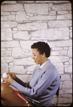 Tennis legend Althea Gibson (1927-2003), the first Black winner of the French Open (1956), the US Open and Wimbledon (both in 1957), photographed by Carl Van Vechten on November 20, 1958. Photo: Beinecke Rare Book and Manuscript Library