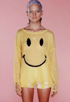 Yellow Long Sleeve Smile Face Ripped Hem Sweater US$29.61
