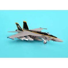 Hogan USN F/A-18E 1/200 Royal Plastic Model Aircraft