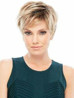 Hair Styles For Women 30 Short Layered Haircuts 2014 – 2015 Short Layered Haircuts, Haircuts For Fine Hair, Short Hairstyles For Women, Cool Hairstyles, Pixie Haircuts, Pixie Hairstyles, Hairstyle Ideas, Modern Hairstyles, Beautiful Hairstyles