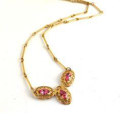 Vintage Pink Rhinestone Necklace Pierced Gold Metal Tri Lobe Pendant Rod Style Links Elegant Feminie Dainty #giftforher #vogueteam