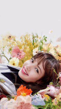 Jennie Lisa, Blackpink Lisa, 2ne1, Yg Entertainment, K Pop, South Korean Girls, Korean Girl Groups, Rapper, Lisa Black Pink