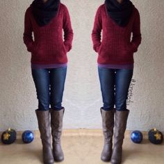 Fall outfit: sweater; jeggings; scarf; boots