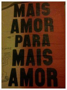 Mais amor para mais amor. Camil street art Barcelona. Maudéa