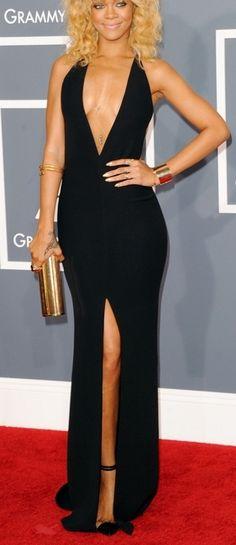 ♠️❤️♣️♦️RIHANNA♦️♣️❤️♠️  Giorgio Armani V-neck Custom Made Gown
