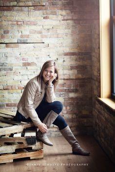 Minneapolis high school senior photographer Jamie Schultz
