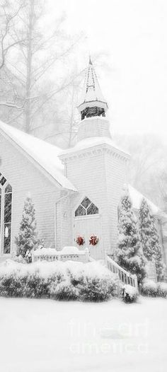 Read information on winter wedding gold Check the webpage for