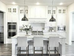 Love this farmhouse kitchen!