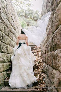 f9ed2e8b53d0d Vera Wang, Diana Size 8 Wedding Dress | Buy it preloved on Still White Diana