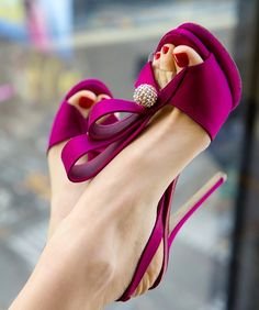 Fuschia pink wedding shoes.