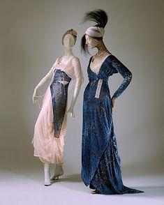 Evening dress, Jeanne Hallée, 1911-1915. Silk and glass.