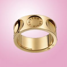 Louis Vuitton ring yellow gold. Deepest fantasy.