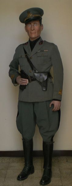 Interesting military uniforms - Page 7