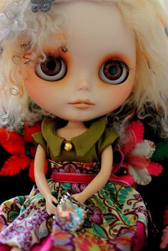 LOVE everything about this Blythe