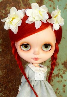 blythe doll.....wow they are expensive BUT THE DAUGHTER WANTS HER FOR XMAS!!