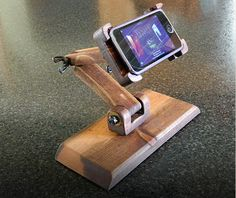 It's easy to make DIY phone stand. It very simple and easy. Here it is phone stand you can try it at your home. Beginner Woodworking Projects, Learn Woodworking, Woodworking Plans, Woodworking Jigsaw, Woodworking Mask, Woodworking Lessons, Woodworking Magazines, Woodworking Apron, Woodworking Workshop