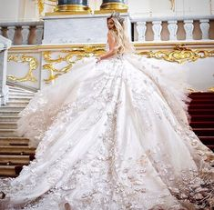 Beautiful wedding gown for a big fat gypsy wedding