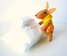 Easter Bunny plush green by atelierpompadour on Etsy, €17.00