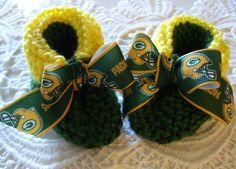 NFL Green Bay PACKERS adorable baby booties.  A must have!!