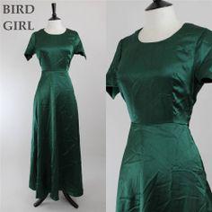 ELEGANT 1970S VINTAGE FOREST GREEN SATIN PROM EVENING MAXI DRESS 10 S
