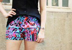 pattern, free : Plan B anna evers DIY shorts (free pattern) zoom Diy Shorts, Basic Shorts, Sewing Patterns Free, Clothing Patterns, Free Pattern, Short Pattern, Diy Clothing, Sewing Clothes, Shorts Tutorial