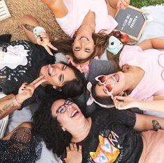 Colección de camisetas Club del Amor Propio bu lau_ilustra para KoroteroWorld Manado, Best Western, Weekend Vibes, Hotel Weekend, Bbq, Club, T Shirts, Barbecue, Barbecue Pit