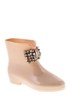 Cutest rain boots ever: Pica Spike Boot want a different color tho