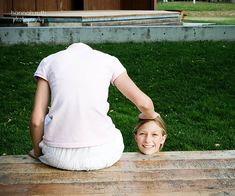 Headless!! | This is such a fun trick!! Have model #1 sit on… | Flickr