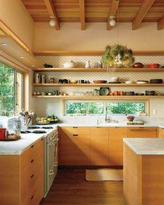 36 Trendy Kitchen Window Over Sink Decor Stove Kitchen Interior, New Kitchen, Kitchen Dining, Kitchen Decor, Kitchen Wood, Kitchen White, Kitchen Modern, Warm Kitchen, Kitchen Plants