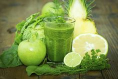 Con el boom que esta teniendo el consumo de jugos verdes para beneficio de nuestra salud, quisimos compartir con ustedes este delicioso batido, el cual es una fusión de ingredientes totalmente dedicados a promover la perdida de peso. Poseen propiedades naturales que trabajan específicamente en tu …