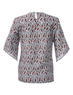 Blouse. Ultra tendance! Luxueuse soie révélant toute la beauté du motif graphique.