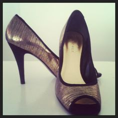 #selectdressing #luxurybrand #shoes #ninewest #chaussures #luxe #gold #fashionaddict #instagram #instapic #dakar