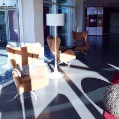 "APTO op Instagram: ""Interior design Moxy Milan lobby by APTO (www.apto.nl) #interior #atthemoxy #naturallighting"""