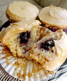 Chocolate Therapy: Peanut Butter and Jelly Cupcakes
