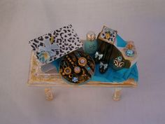 Side table lady. by Saramanus on Etsy
