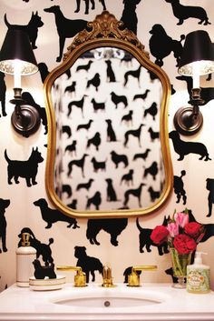 Where can i get his wallpaper?? Would be so cute for a hallway bathroom! Or an accent wall in a mudroom