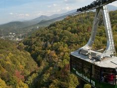 has become one of the nation's great family travel destinations, and the Ober Gatlinburg aerial tramway is one of its most popular attractions. Ober Gatlinburg, Gatlinburg Vacation, Places To Travel, Travel Destinations, Places To Visit, Mountain Vacations, East Tennessee, Great Smoky Mountains, Travel Usa