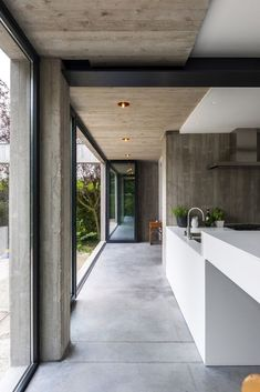 Everyday we share our stories and passions for home design and great architecture. Modern Kitchen Design, Modern Interior Design, Interior Architecture, Sustainable Architecture, Concrete Interiors, Interior Minimalista, Concrete Houses, Industrial House, Minimalist Home